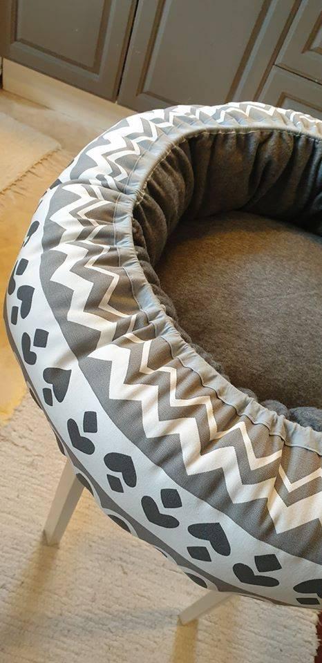 Mysbubbla 13 är en rund hundbädd Går att få i olika storlekar. Vi skickar i hela landet mot en fraktavgift