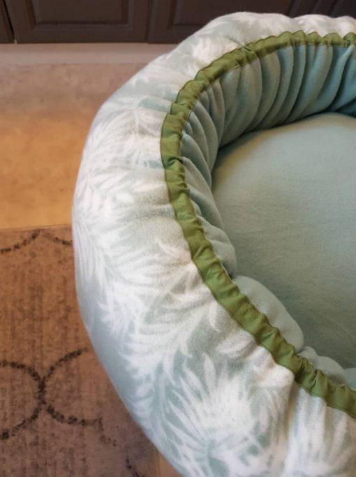 Mysbubbla 7 är en hundbädd som är sydd i fleece