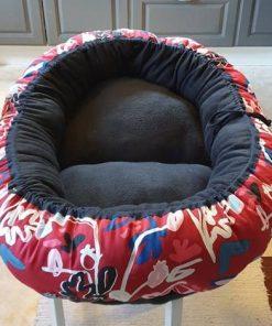 Mysbubbla 93 är en rund hundbädd Går att få i olika storlekar. Vi skickar i hela landet mot en fraktavgift.
